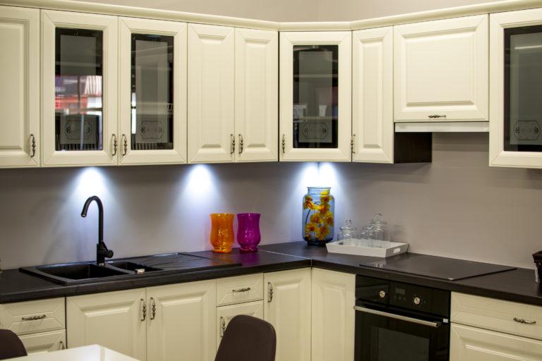 φωτογραφίες-ανακαίνισης-σπιτιού-κουζίνας